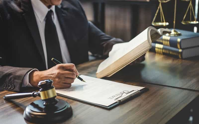 Definition Of A Solicitor And The Work They Carry Out